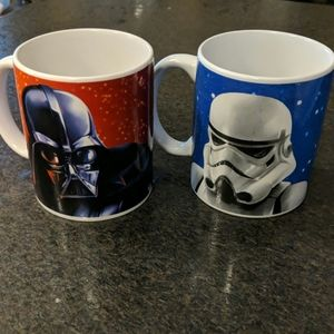 2 Star Wars mugs